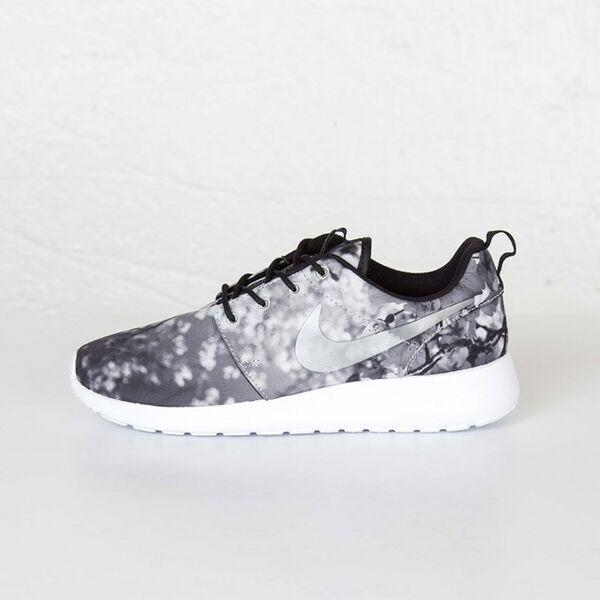 competitive price a800c f058d Nike naisten vapaa-ajankengät